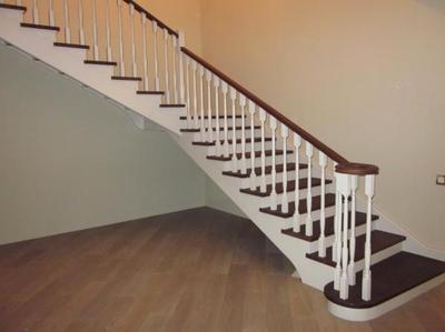 Лестницы из дерева для дома,  дачи,  коттеджа. Производство и продажа  - main