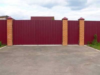 Забор красивый и прочный из профнастила - main