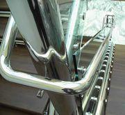 Металлоконструкции из нержавеющей стали и стекла